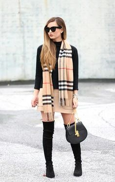 Everything about this outfit Burberry scarf + Chloe Drew bag + SW Highland boots Chic Outfits, Fashion Outfits, Womens Fashion, High Fashion, Fall Winter Outfits, Autumn Winter Fashion, Looks Com Short, Burberry Outfit, Winter Stil