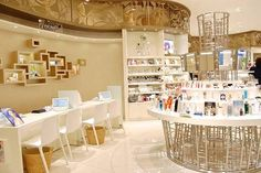 化粧品 売り場 - Google 検索