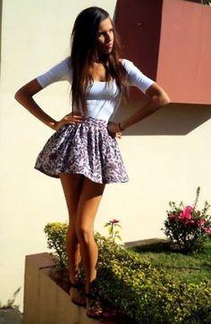 flowy skirt. love.