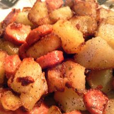 potatoe and sausage Recipe by Brenda M. New Recipes, Dinner Recipes, Cooking Recipes, Favorite Recipes, Dinner Ideas, Simply Recipes, Cooking Ideas, Cake Recipes, Recipies