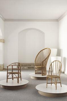 Rattan furniture is a particular style of furniture developed generally from the rattan vine. Found in SE Asia and other tropical climes, the rattan vine has been utilized for many years to develop furniture and family unit products. Rattan Outdoor Furniture, Bamboo Furniture, Wicker Chairs, Furniture Decor, Furniture Design, Bag Chairs, Furniture Outlet, Cheap Furniture, Rustic Furniture