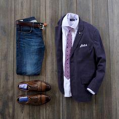 Business casual look with purple. #businesscasual #style #blazer #tie Tie: @wearlapelpins Lapel Pin: @wearlapelpins Pocket Square: @wearlapelpins Shirt: @thetiebar Blazer: @jachsny Denim: @jcrew Belt: @thursdayboots Socks: @wearlapelpins Shoes: @leatherlately