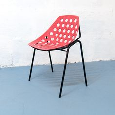 Série de 6 chaises Coquille par Pierre Guariche