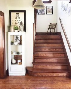 Antique home tour - love the original oak staircase and floors eclecticallyvintage.com