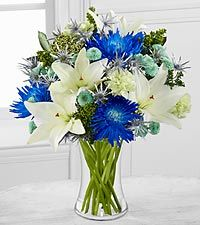 Starry Nights Holiday Lily & Chrysanthemum Bouquet - 17 Stems - VASE INCLUDED
