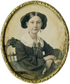 Beautiful Woman of Means w Dangly Earrings Oval Sixth Plate Daguerreotype | eBay