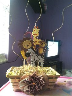 Safari baby shower centerpiece