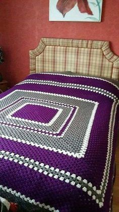 There is no limit when it comes to creating the products of daily use with the yarns as a person who likes to crochet knows how to use the hook for crocheting the blanket and prepare the crochet bedspread. A person who doesn't posses the skill of cro Crochet Afghans, Crochet Bedspread Pattern, Crochet Quilt, Granny Square Crochet Pattern, Afghan Crochet Patterns, Crochet Squares, Baby Blanket Crochet, Crochet Baby, Knitting Patterns