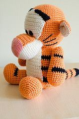 Black Stripes Tiger Crochet Pooh Tigger Amigurumi Winnie Cartoons cakepins.com