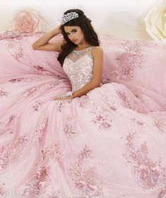 quince dresses Floral Appliqued Quinceanera Dress by House of Wu 26884 Xv Dresses, Quince Dresses, Prom Dresses, Flowy Dresses, Bridesmaid Gowns, Formal Dresses, Sweet 16 Dresses, Pretty Dresses, Amazing Dresses