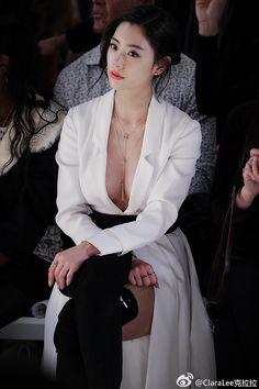 Clara Lee for Sprite Pretty Asian Girl, Cute Asian Girls, Beautiful Asian Women, Korean Beauty Girls, Asian Beauty, Asian Fashion, Girl Fashion, Fashion Tips, Looks Chic