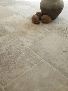 limestone floor - Bourgondische Dallen Franse kalksteen