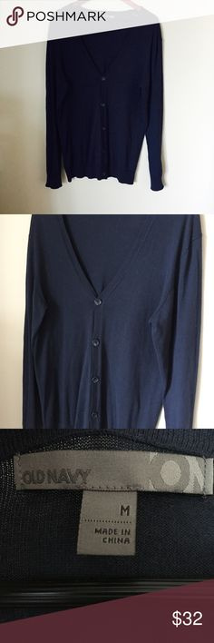 Old Navy blue knot cardigan men's navy Like new condition. Never worn. Very fine quality. Amaxing soft and perfect for fall winter. Button up. Button down. Chanel Dior Zara Fendi Kenzo Prada Hermes Michael Kors Valentino Lacoste Louis Vuitton Balenciaga Alexander Wang Kate Spade Hugo Boss Burberry Prada Gucci Runway Fashion show. Anthropology Free people. Premuim Signature collection. Bundle with other items to save 15% Old Navy Sweaters Cardigan