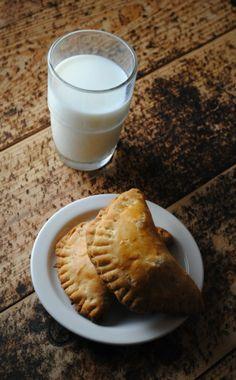 Happy empanada day! pumpkin cheesecake empanadas #recipe #drivedana #statenisland #newyork #nyc