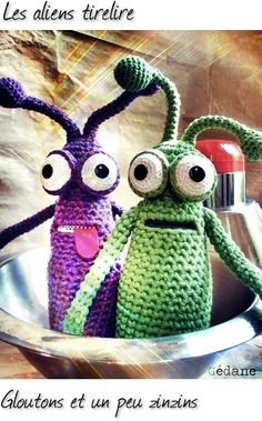 aliens. or monsters. idea: use zippers and make bagmonsters