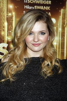Abigail Breslin...many people tell me my daughter looks like her in her earlier films. Great actress