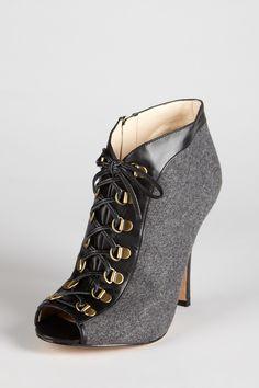 Winter Heel... Love this look!