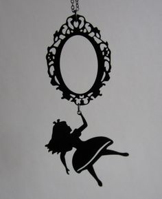 Alice in Wonderland necklace - looking glass - whimsical silhouette jewelry - long necklace                                                                                                                                                      Mais