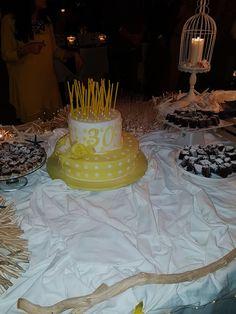 Torta 30 anni da me fatta! #pastadizucchero #homemade #cakedecorating #cakedesign