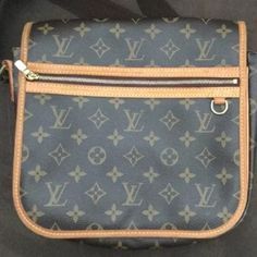 AUTHENTIC!  Louis Vuitton BOSPHORE PM crossbody Authentic.  Used.  About ten years old.  Style discontinued.  Will go lower Louis Vuitton Bags Crossbody Bags