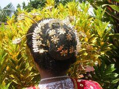 Foto haardracht van een Molukse bruid door lihat1