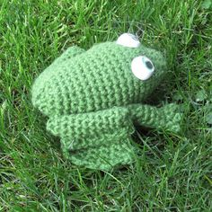 Knitting Pattern For Jeremy Fisher : 1000+ images about Crochet - Frogs ! on Pinterest Crochet frog, Frogs and A...