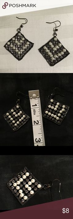 "Pearl rhinestones mesh Fashionable night or day. Rhinestones and pearls hinged so the earrings are not ""stiff"". Makes a difference. New to Posh. Will bundle once I figure it out so buy and wait for other items. Discount 30% for $30+. Please note: I'm old school 57yr. Not into social media so please don't get upset if I don't get back to you right away. Simply Vera Vera Wang Jewelry Earrings"