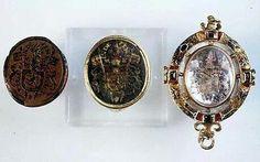 Marie Queen of Scotts ring