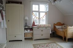 ... the sweetest little room ...