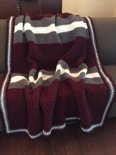 Crochet Texas A&M Bernat Blanket: This large cozy blanket was made for my nephew who will be attending Texas A&M this fall. Crochet Afghans, Crochet Stitches, Crochet Baby, Free Crochet, Knit Crochet, Freeform Crochet, Crotchet Blanket, Blanket Yarn, Afghan Patterns