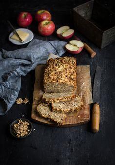 Cheddar, apple & walnut loaf recipe #bread #baking