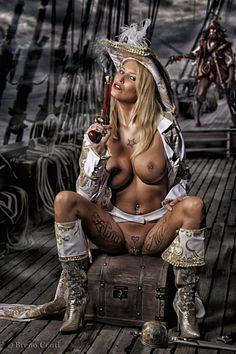 эротика девушки пираты это стоило
