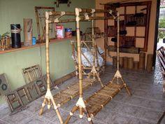 Bamboo Furniture, Diy Furniture, Surf Room, Bamboo Planter, Bahay Kubo, Bamboo Crafts, Bamboo Design, Beach Resorts, Ideas Para