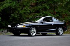 Ford : Mustang SVT Cobra 72 MILES