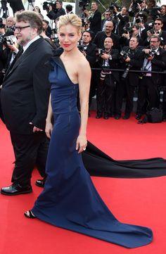Pin for Later: Seht die Stars in ihren schönsten Roben beim Filmfest in Cannes Sienna Miller in Lanvin