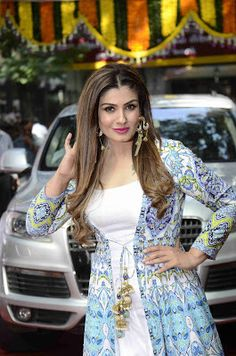 High Quality Bollywood Celebrity Pictures: Raveena Tandon Looks Gorgeous At The inauguration Of CBFC's New Office in South Mumbai