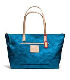 Website For Coacoach outlet! Super Cheap! Coach bags, Coach Handbags, fashion Coach purse,fashion style 2015 #Coach #NYFW #fashion #purse