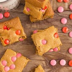 Easy Sweet Potato Casserole with Marshmallows Recipe - BubbaPie Blueberry Scones Recipe, Strawberry Scones, Lemon Muffins, Corn Salad Recipes, Pie Recipes, Dessert Recipes, Easy Desserts, Pineapple Pretzel Salad, Desert Recipes