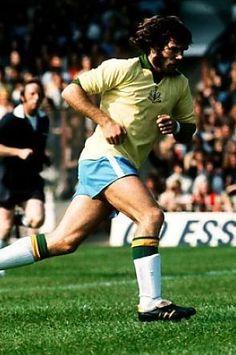 Malcolm Macdonald, Newcastle United Football, St James' Park, World Star, Football Shirts, Soccer, Running, Classic, 1970s