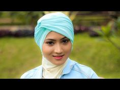 This fabulous hijab tutorial is super easy to be applied. You can also wear this for some special occasion such as wedding party, graduation moment and many . Pashmina Hijab Tutorial, Turban Tutorial, Hijab Wear, Turban Hijab, Hijab Bride, Pakistani Wedding Dresses, Nigerian Weddings, African Weddings, Muslim Brides