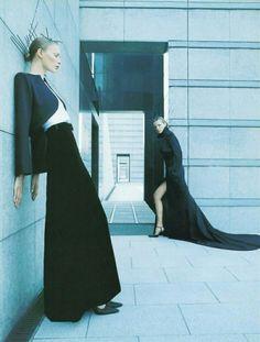Synthése Couture, Vogue Paris (September 1998) Photo: Enrique Badulescu Vogue Paris, Fashion Photography, Normcore, Couture, September, Style, Swag, Haute Couture, High Fashion Photography