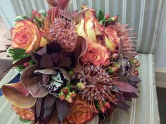 fall toned bridal bouquet #thebloomingwillow
