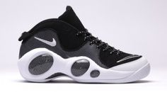 Making a comeback this Holiday 2015 season is the Nike Air Zoom Flight 95  OG Carbon Fiber 2015 Jason Kidd release to celebrate the shoe's Anniversary.