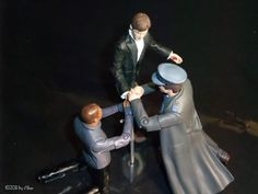"""Astra's actionfigures in Action - Action figure theatre: The RSC/BBC """"Hamlet"""" re-created with Doctor Who action figures.  !!!!"""