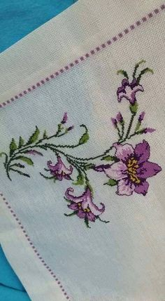 Kanaviçe örnekleri ve şablonları Cross-stitch samples and templates Cross-stitch samples and templates are the most beautiful and easily shared models. In this article you can find 50 cross-stitch sample templates. # Kanaviçeörnek of # Kanaviçeşablon of Cross Stitch Borders, Modern Cross Stitch, Cross Stitch Flowers, Cross Stitch Designs, Cross Stitch Patterns, Cross Stitch Embroidery, Embroidery Patterns, Hand Embroidery, Retro Flowers