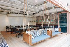 Cafetería Classified Repulse Bay en Hong Kong, diseño de Substance