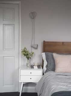 Soft blush pink bedroom reveal BEFORE + AFTER - Farrow & Ball Peignoir - West Elm mid-century furniture Pink Bedrooms, Interior, Bedroom Makeover, Bedroom Design, Gray Home Offices, Pink Bedroom Decor, Farrow And Ball Bedroom, Pink Bedroom For Girls, Mid Century Nightstand