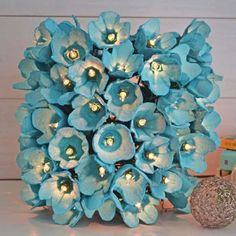 Best egg carton crafts has best egg carton flowers, wreaths, organizers, kids crafts and more made with styrofoam cartons (also egg trays and egg boxes). Kids Crafts, Crafts To Make, Home Crafts, Easy Crafts, Craft Projects, Easy Diy, Summer Crafts, Egg Carton Crafts, Recycled Crafts
