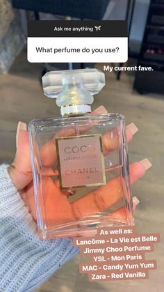 Perfume Scents, Perfume Bottles, Anuncio Perfume, Mode Poster, Best Perfume, Perfume Collection, Body Mist, Smell Good, Bath And Body Works