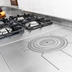 Cucine professionali Stove, Kitchen Appliances, Cooking, Kitchen Contemporary, Room Interior, Ad Home, Diy Kitchen Appliances, Kitchen, Home Appliances